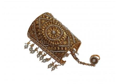 Широкий индийский браслет с кольцом «Цветок»